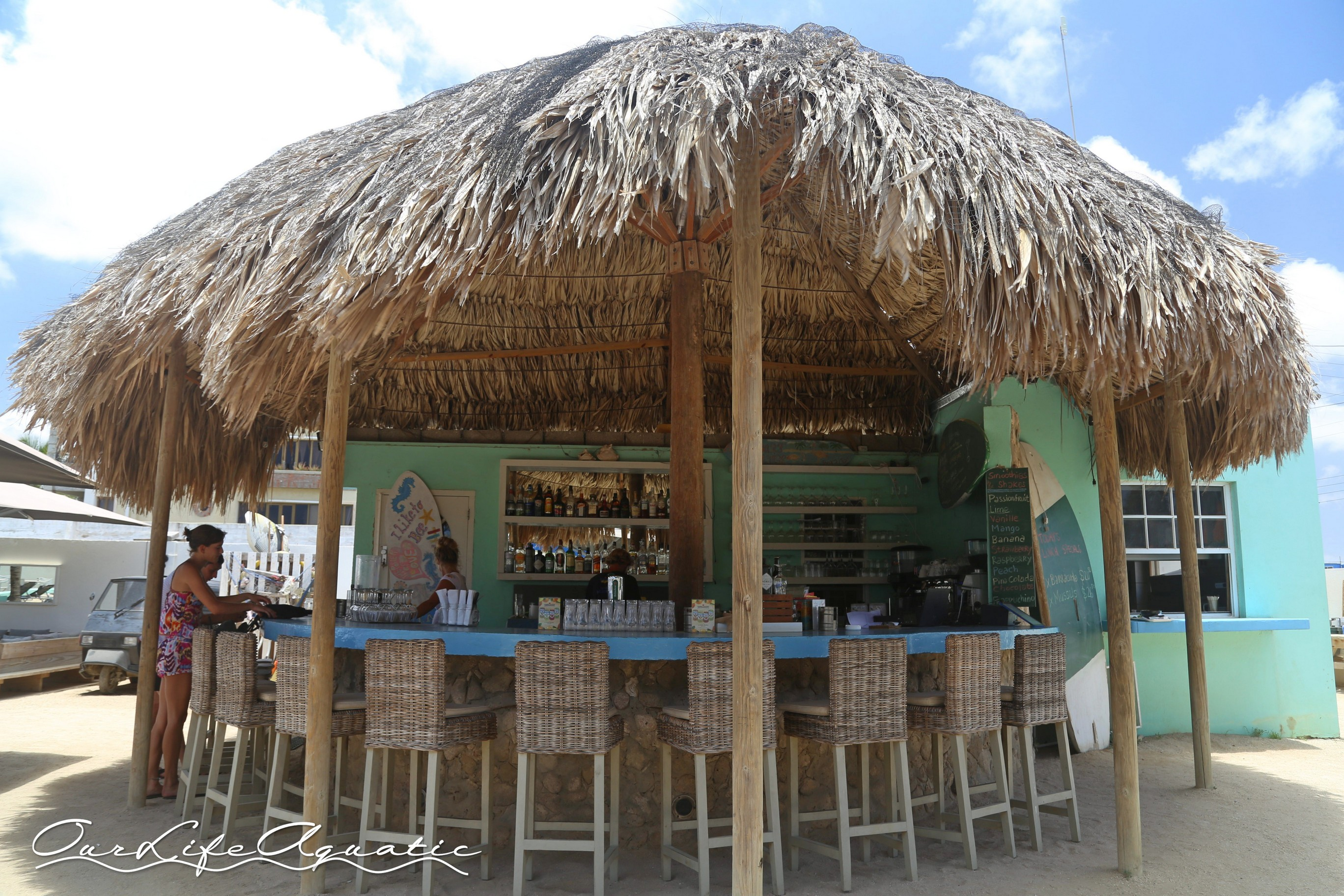 One of our favorite post-dive watering holes