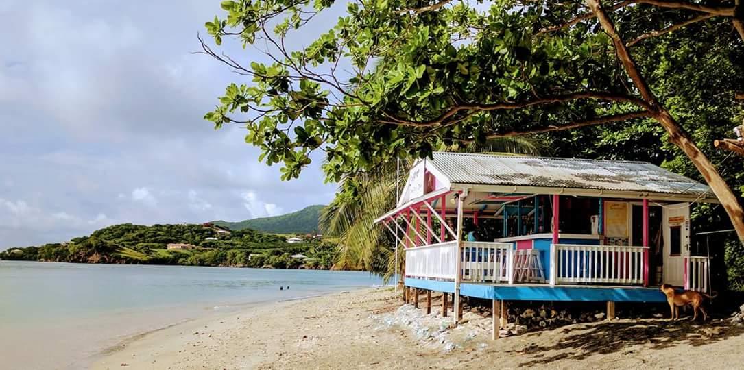Playa Beach Bar