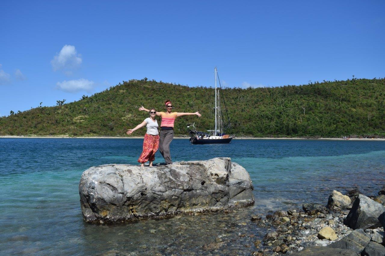Pura Vida anchored in Waterlemon Bay