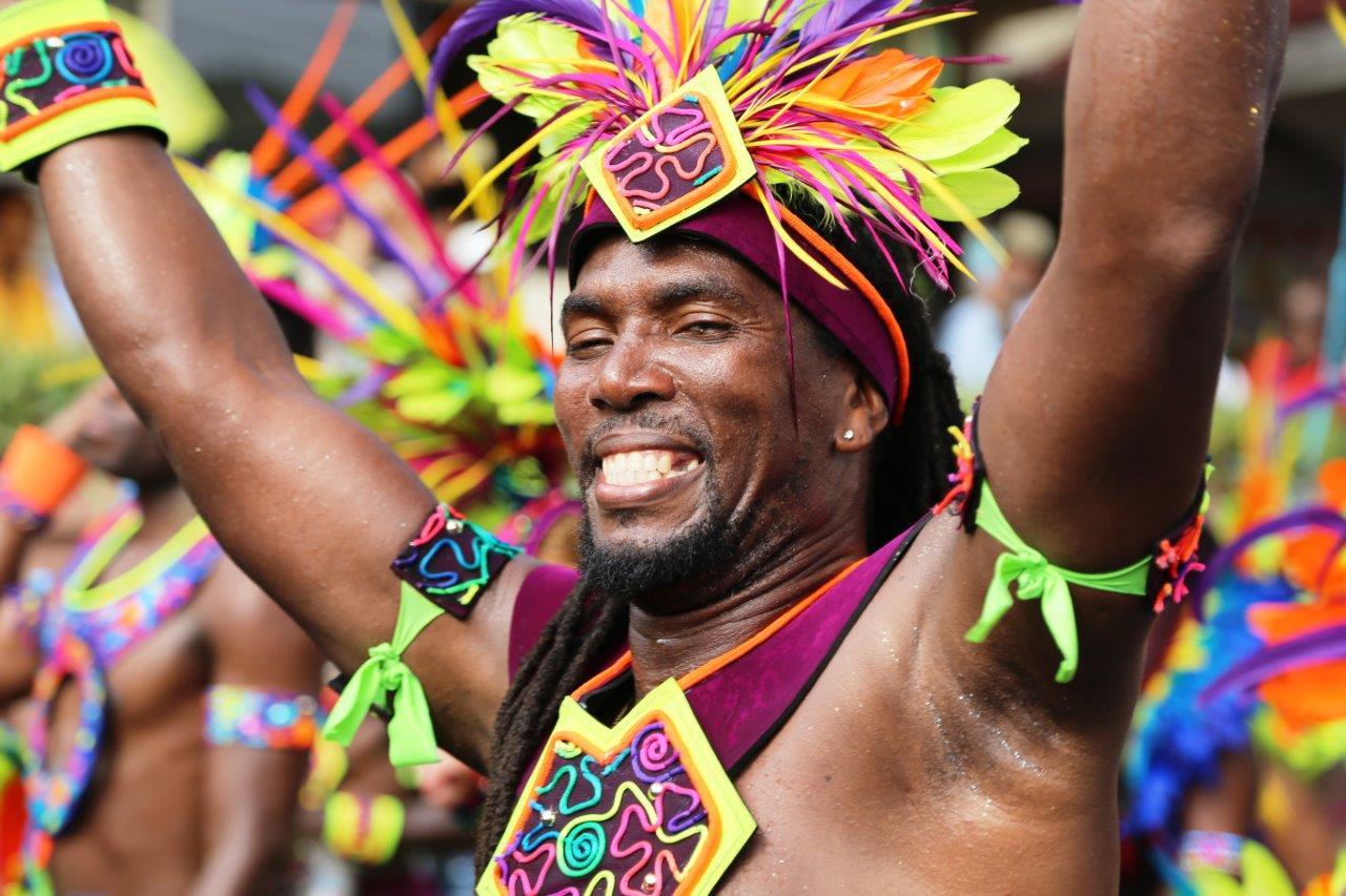 GRE - Carnival Fancymas (15)