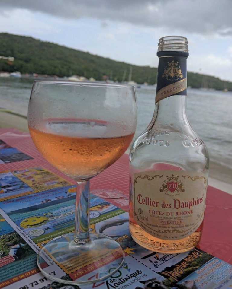 Who doesn't like some chilled French wine at the beach?