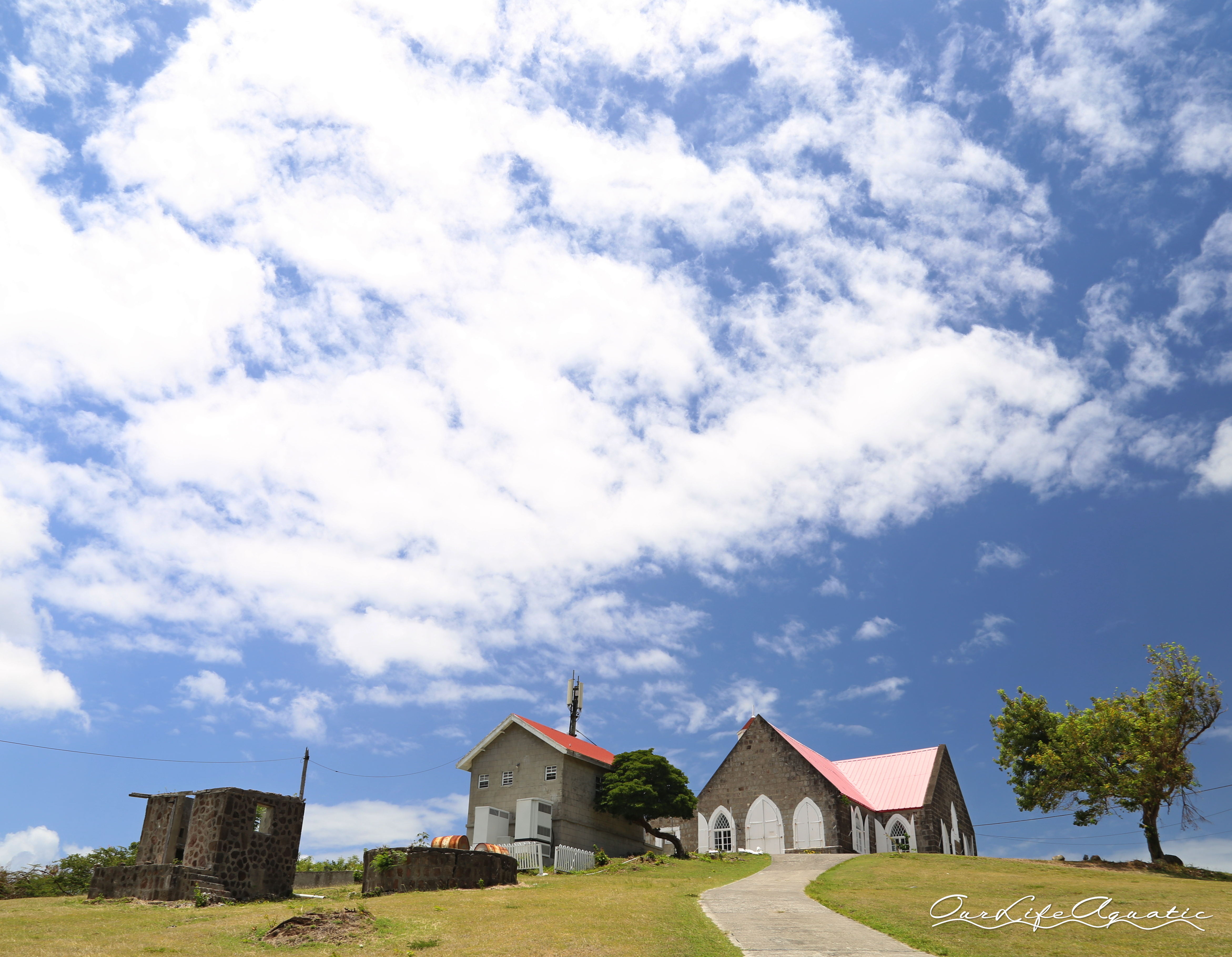 Built in 1643, St. Thomas' Lowland Church was the first Anglican Church in the Caribbean
