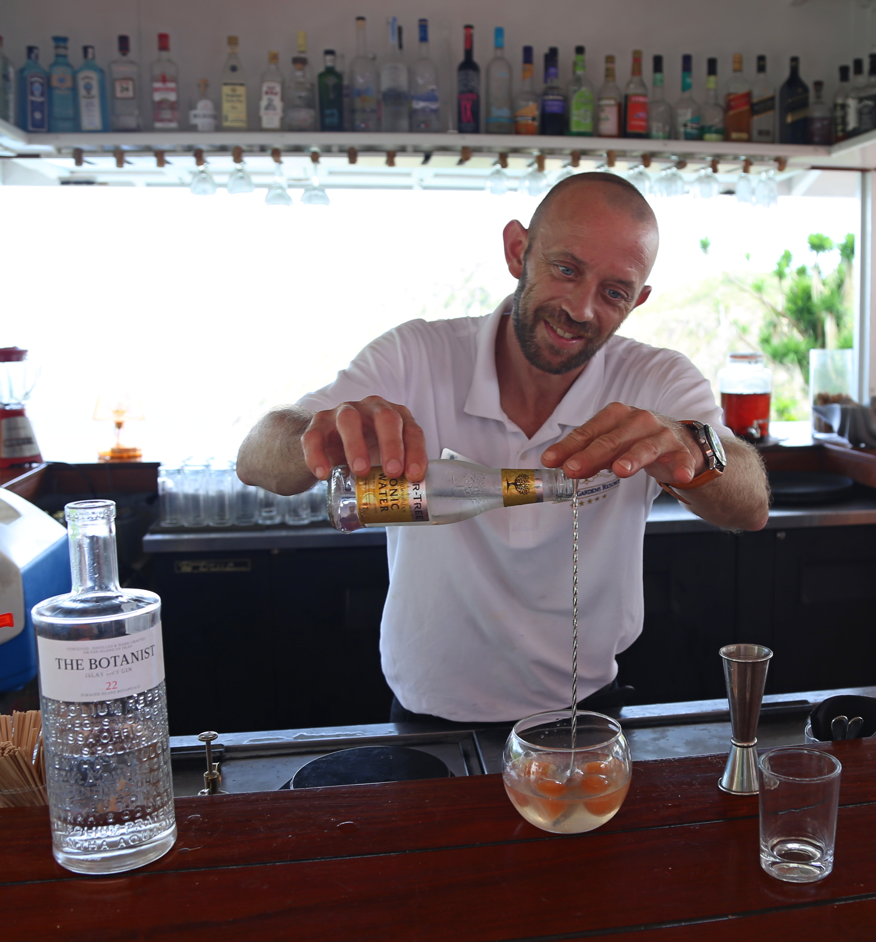 Duco guided us through his exotic gin and tonic creations