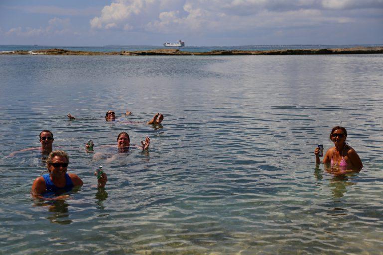 SXM - Beach day and resort ruins (56)