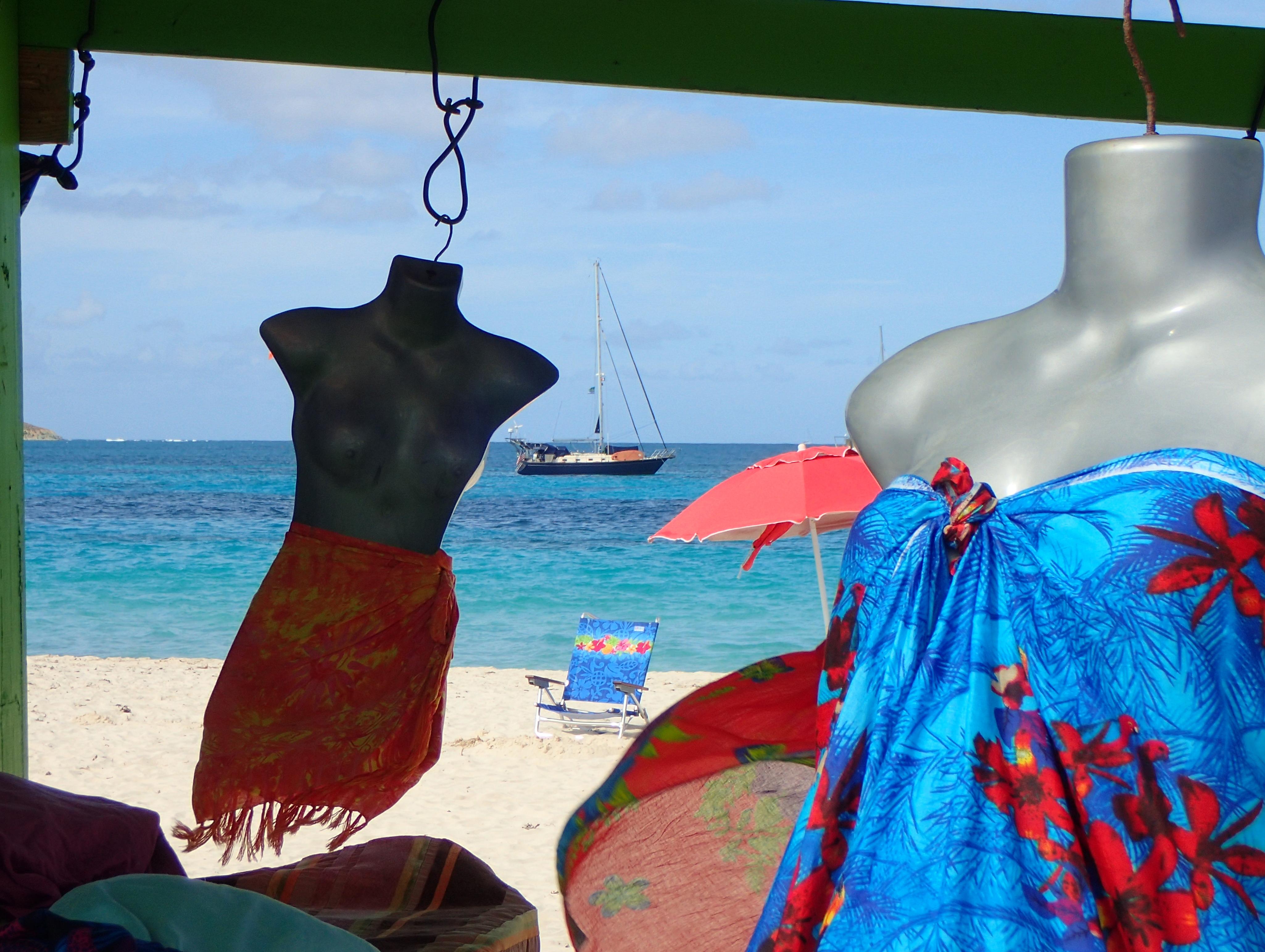 s/v Pura Vida anchored right off the beach