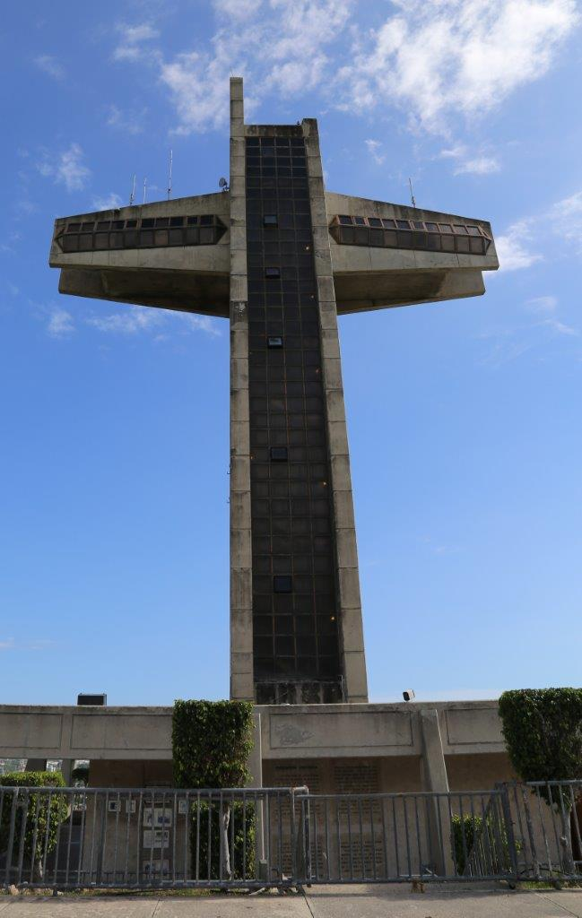 salinas-ponce-cross-2
