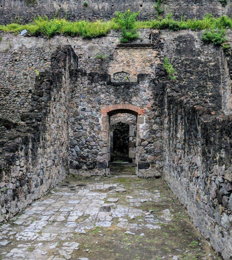 St Pierre ruins 1